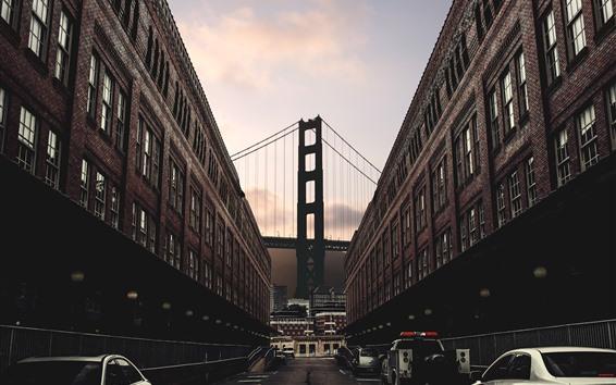 Fondos de pantalla Ciudad, edificios, calle, coches, puente, anochecer