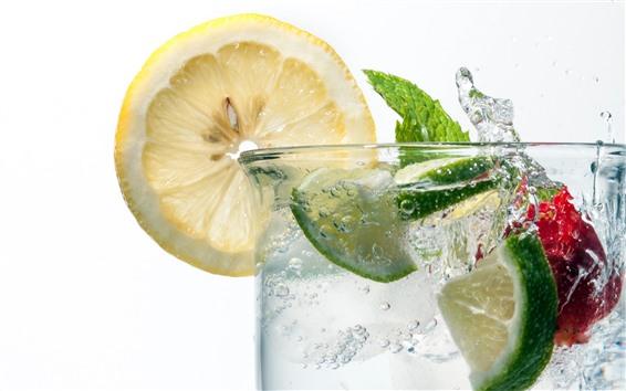 배경 화면 유리 컵, 레몬 슬라이스, 음료, 물 얼룩, 흰색 배경