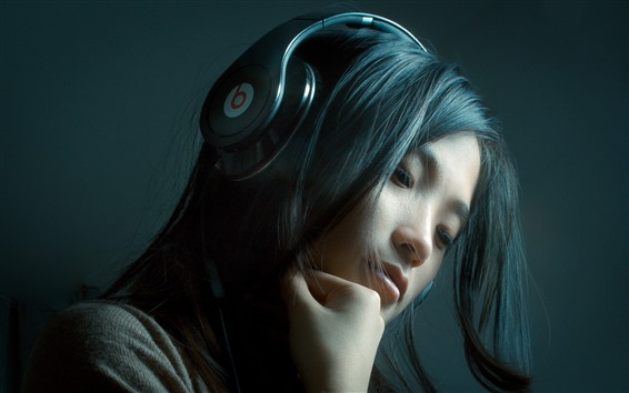 Papéis de Parede Garota de cabelo comprido, fone de ouvido