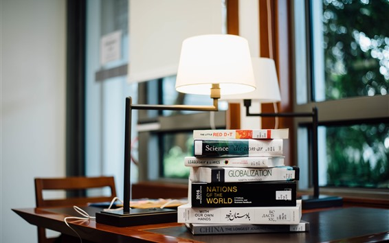 Papéis de Parede Alguns livros, mesa, janela