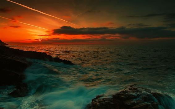 Обои Закат, синее море, водный поток, облака, красное небо