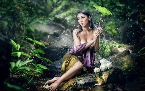 Wallpaper Beautiful Asian girl, sexy, water droplets, green leaves, pose