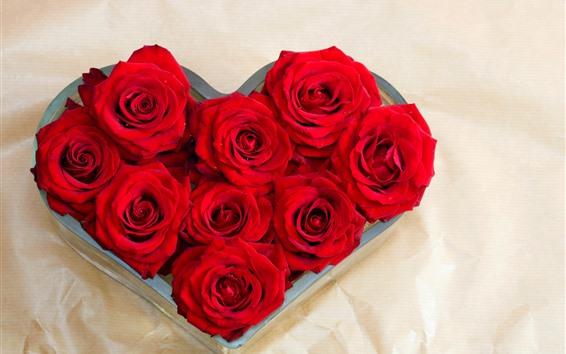 Fond d'écran Roses rouges, coeur d'amour, romantique