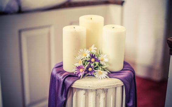 Fond d'écran Bougies et fleurs blanches, table