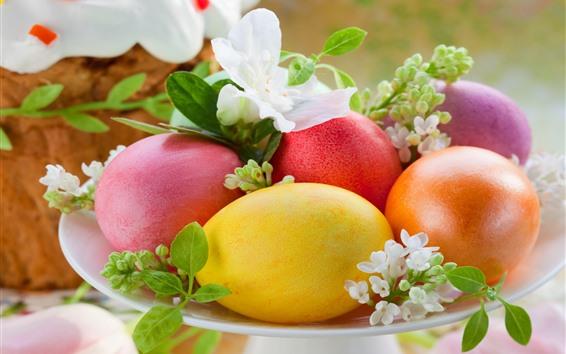 Papéis de Parede Ovos de Páscoa coloridos, prato, flores brancas