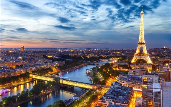 Fond d'écran France, Paris, Tour Eiffel, Nuit, Lumières, Ville, Rivière