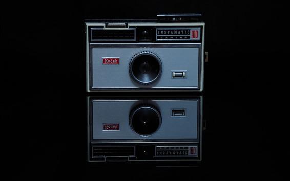 Wallpaper Kodak camera, black background