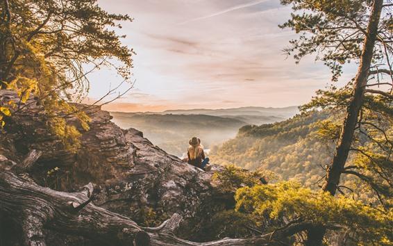 Обои Вершина горы, деревья, туман, девушка, утро