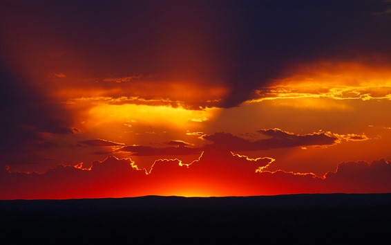 Fond d'écran Coucher de soleil, ciel rouge, nuages, silhouette