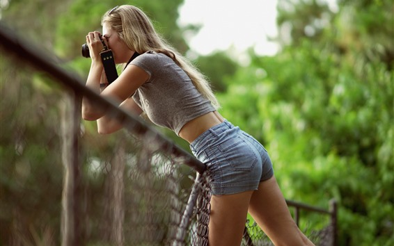 Wallpaper Blonde girl use camera, photography, fence