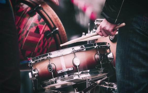 Wallpaper Drums, music