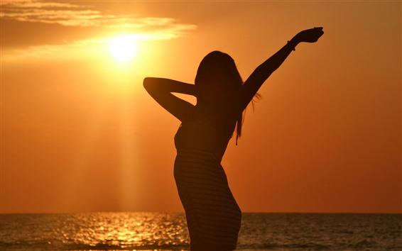 Fondos de pantalla Niña, silueta, sol, mar, luz de fondo