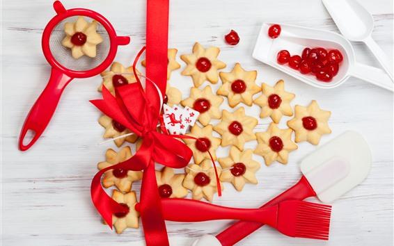 Обои Рождественская тема, печенье, красная лента