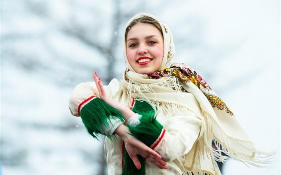 Обои Улыбка девушка, взгляд, шарф, зима