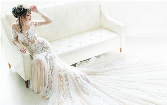 Обои Невеста, красивая азиатская девушка, белая юбка, диван