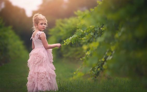 Wallpaper Cute little girl, pink skirt, green leaves