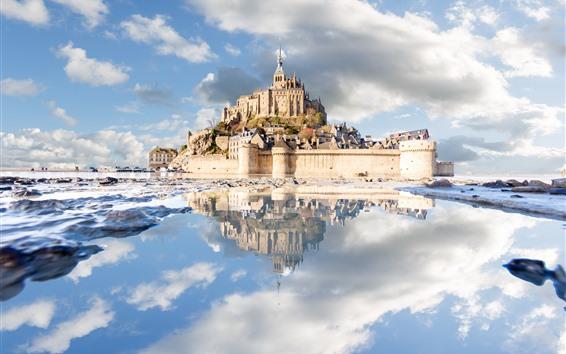 Обои Франция, Нормандия, Мон-Сен-Мишель, Замок, Море, Облака, Отражение воды