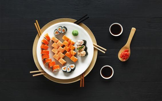 Обои Японская еда, суши, васаби, черный фон