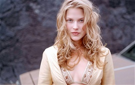 Preview wallpaper Ali Larter 01