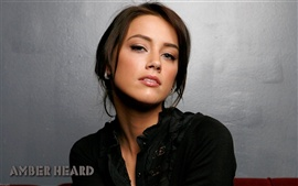 Preview wallpaper Amber Heard 01