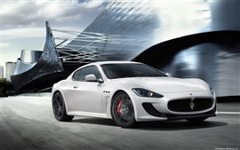 Preview wallpaper Maserati GranTurismo MC Stradale 2010