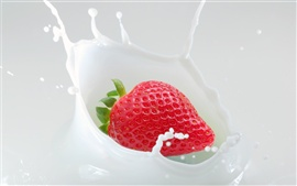 Preview wallpaper Strawberries and milk the moment