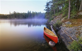 Preview wallpaper Canoe on Pinetree Lake