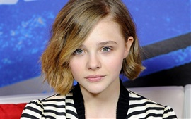 Preview wallpaper Chloe Moretz 02
