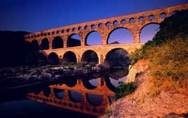 Preview wallpaper Pont du Gard Languedoc-Roussillon in France