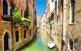 Preview wallpaper Venice canal boat bridge and house