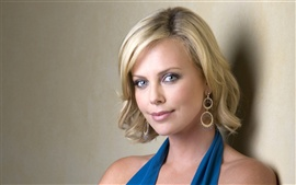 Preview wallpaper Charlize Theron 01