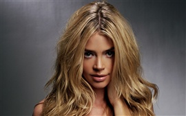 Aperçu fond d'écran Denise Richards 01
