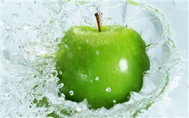 Preview wallpaper Green apple fall into the water moments