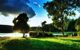 Preview wallpaper Beautiful scenery of green lake