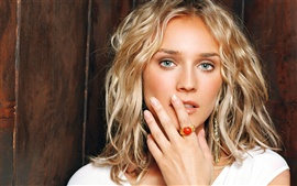 Preview wallpaper Diane Kruger 02
