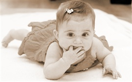 Cute baby princess Wallpapers Pictures Photos Images