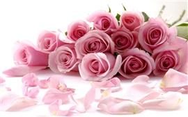 Aperçu fond d'écran Bouquet romantique de roses roses