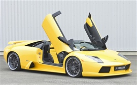 Preview wallpaper Yellow Lamborghini
