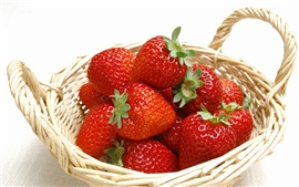 Preview wallpaper Strawberry basket