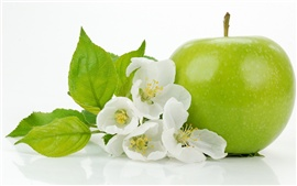 Preview wallpaper Green apple with apple flowers close-up