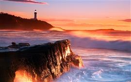 Маяк морскими волнами скалы скалы заката