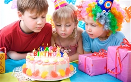 Preview wallpaper Lovely children celebrate birthday