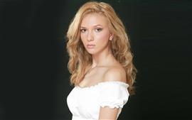 Adela Popescu 02