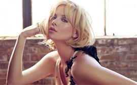 Preview wallpaper Charlize Theron 02