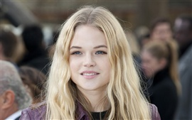 Preview wallpaper Gabriella Wilde 02
