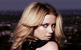 Preview wallpaper Amber Heard 06