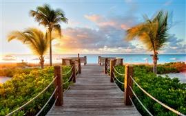 Caribe, las playas de las Islas Turcas y Caicos puesta de sol