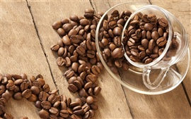 Preview wallpaper Glass cup with coffee beans