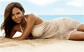 Preview wallpaper Halle Berry 02