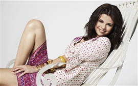Preview wallpaper Selena Gomez 06